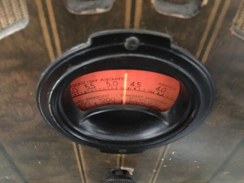 1937 PHILCO CATHEDRAL 37-60 VINTAGE TABLE TOP TUBE RADIO ORIGINAL & WORKING