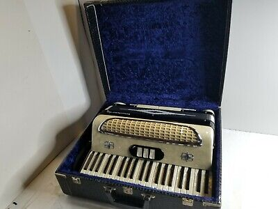 Vintage Concerto Accordion Made in Italy Pearl