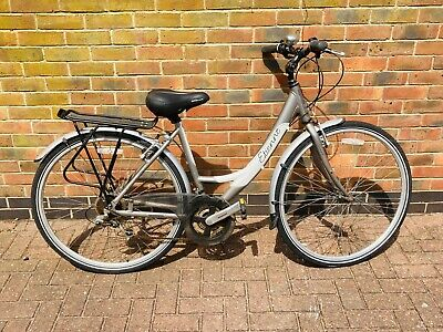 ladies bike 18 gears with back rack carrier - good condition