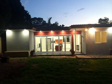 Modern 3 bed Granny Flat (rent includes gas,electricity,internet) Glenfield Campbelltown Area Preview