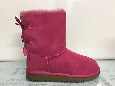 UGG Short Bailey Bow Cerise Pink Boots Size 4 Youth Kids = Women's Size 6.✔️