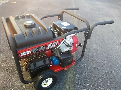 Pressure Washer Honda V-twin 18hp Contractor Series