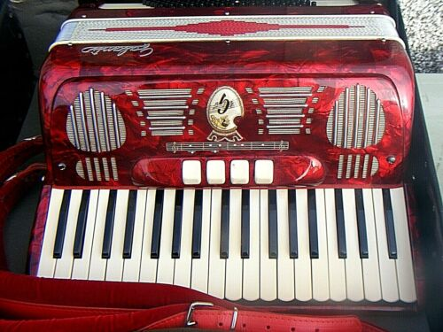 ACCORDION GALANTI STUNNING RED ACCORDION CASED