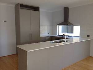 Spacious room near Curtin University (bills & internet included) Riverton Canning Area Preview