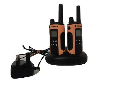 Motorola TLKR T80 Extreme Walkie Talkies -  pair with charging unit and torch