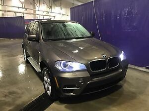 2011 BMW X5 35I AWD FULLY LOADED