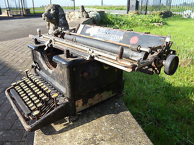 Antique Remington No 12 old typewriter made in USA, Ilion New York withorigcover