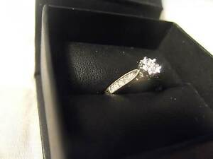 9ct Diamond Ring with Channel Set Shlders. Koo Wee Rup Cardinia Area Preview
