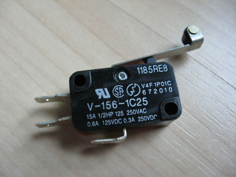 """Omron Micro Limit Switch V-156-1C25 with 1"""" Roller Lever 15A 125/250VAC #E66F"""