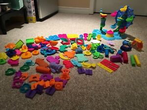 Play doh playset and accessories