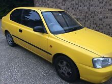 2000 Hyundai Accent Belconnen Belconnen Area Preview