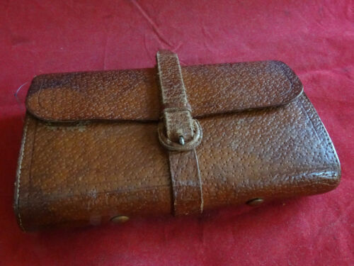 A VERY GOOD VINTAGE HARDY LEATHER TROUT FLY WALLET