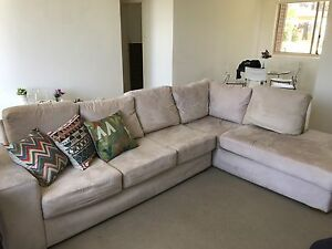 """L"" Sofa Maroubra Eastern Suburbs Preview"