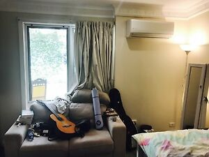 Bedroom 130/wk lower Mitcham for rent with air-con, built-in wardrobe Lower Mitcham Mitcham Area Preview