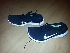 Nike Free Black - Knits size 9 Au Men Hughesdale Monash Area Preview