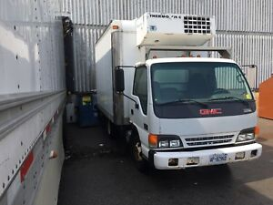 2003 GMC W4500 Diesel (Isuzu engine) with Thermo King Reefer