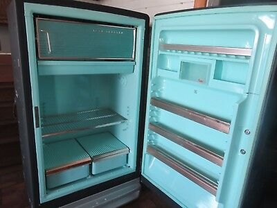 Vintage 1950's antique retroGeneral Electric GE refrigerator, RUNS!!