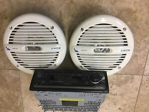 SONY MARINE STEREO AND SPEAKERS