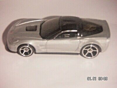HOT WHEELS 2008 NEW MODELS  '09 Corvette ZR1  SILVER VERSION  1:64 SCALE  OH5SP