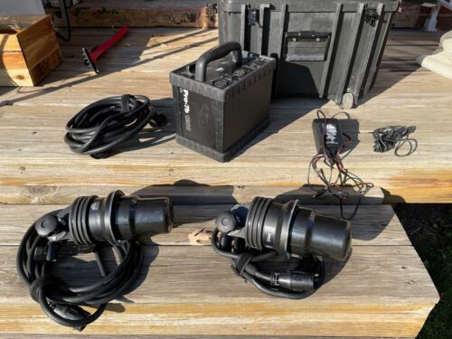 Profoto 7B - Pro-1200 Kit, Power Pack, 2 Heads, Extension,Case, Charger ++