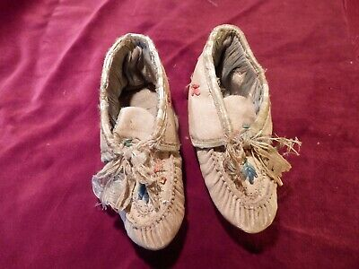 Native American Infant Mocassins 19th century