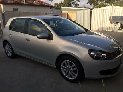 2010 Volkswagen Golf Hatchback excellent condition $9500