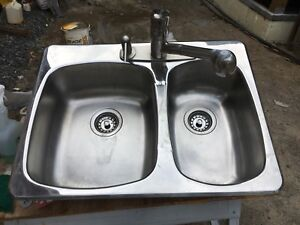 Stainless Steel sink with Taps