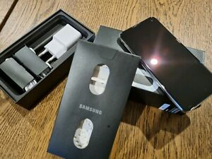 Samsung s10e mint condition