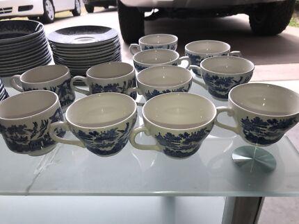 Churchill tableware