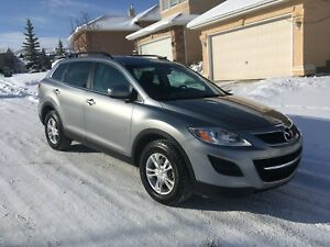 2011 Mazda CX-9 AWD 7 seats 103,000 km with winter tires