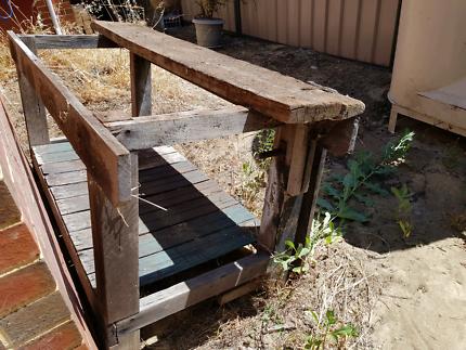 Outdoor work bench