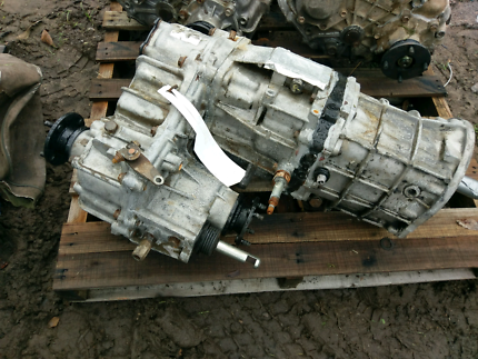 Gearbox and transfer suit 78/79 series Toyota Landcruiser Landsborough Caloundra Area Preview