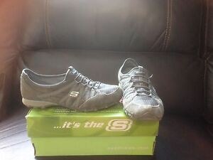 Sketchers size 8.5