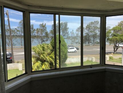 Rooms for rent at a water front house