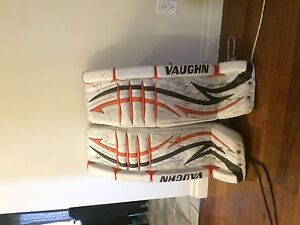 "Vaughn Pro Spec Goalie Set 34"" +2"