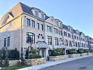Luxury 2 Yr New 3 Bdrm End Unit Townhome on Mississauga Road