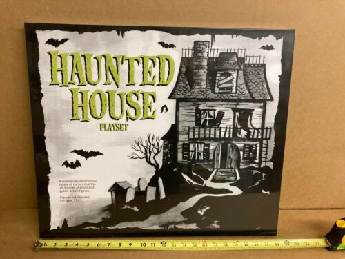 SDCC 2015 Reaction Super7 Haunted House Playset Funko Figure Universal Monsters