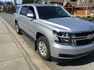 Awesome 2016 Chevrolet Suburban, Leather etc.,like new, low km