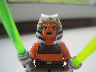 Ashoka Tano, showing her clean, crisp front and both her lightsabers with original chrome hilts.