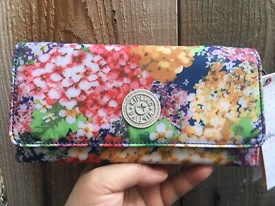 NWT KIPLING brownie/teddi large organizer wallet 415 garden party print