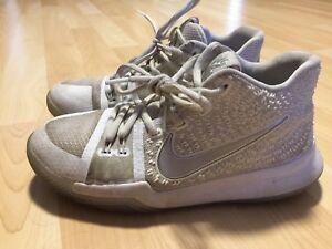 Nike kyrie 3 basketball shoes-Boys  size 4