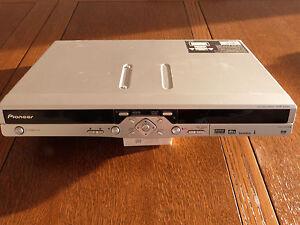 Pioneer DVR-433 H-S DVD- und Festplatten-Rekorder