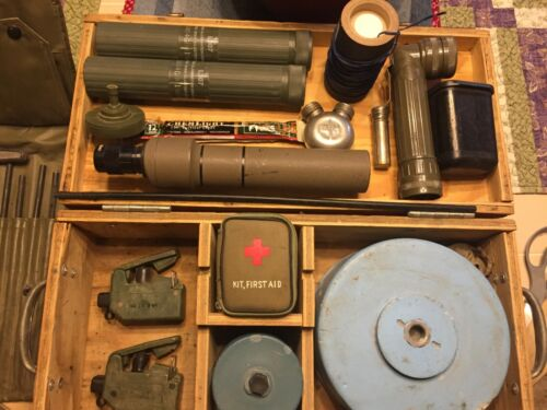 WW2  very rare mine kit an Vietnam to present collectable memorabilia