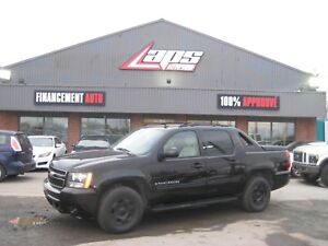 Chevrolet Avalanche 4 RM, Cabine multiplaces LS