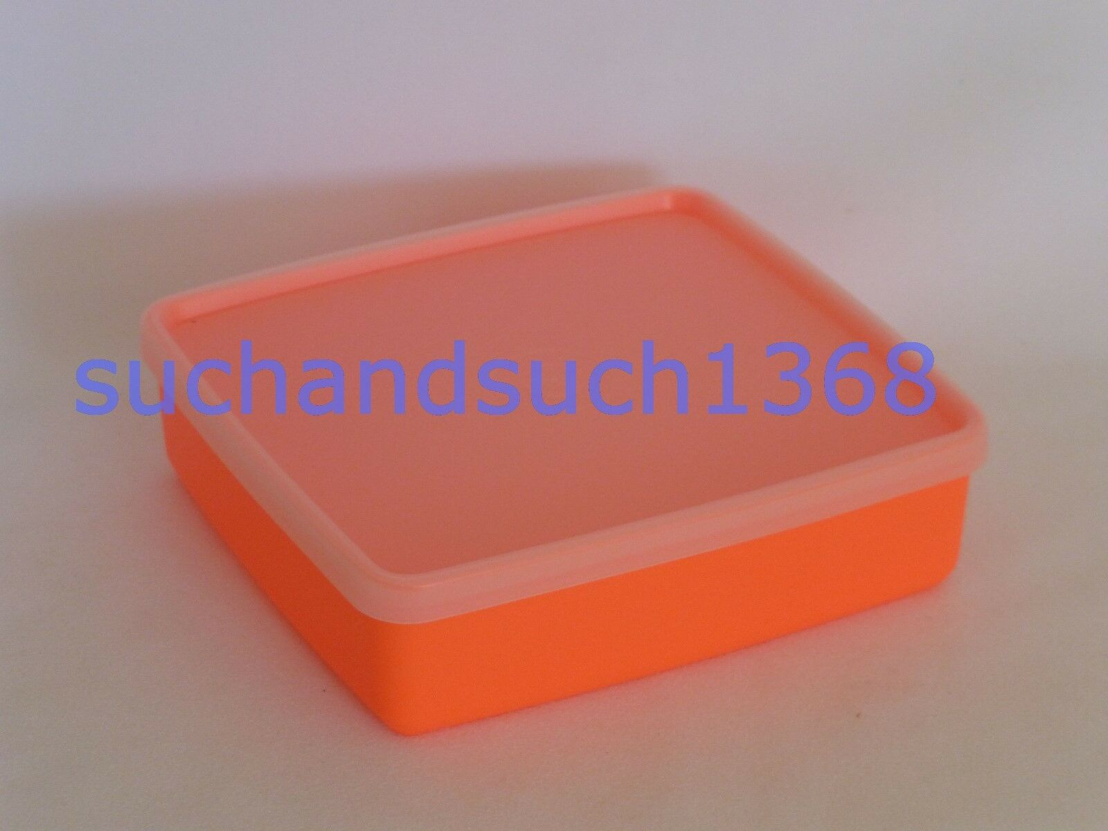 NEW Tupperware Square-A-Way Lunchbox Sandwich Storage Contai