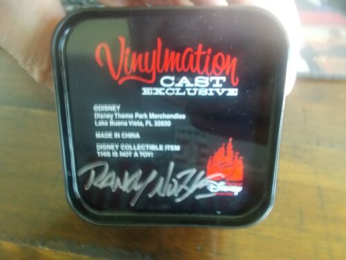 VINYLMATION CAST EXCLUSIVE-MICKEY MOUSE COLLECTIBLE SIGNED BY RANDY NOBLE(3)