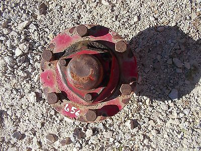 International 656 Tractor Ih Ihc Front Hub For Spindle To Rim 6 Stud Bolts Cap