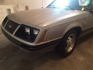 1983 FORD MUSTAND GLX 5.0 CONVERTIBLE