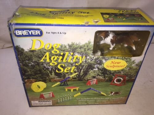 Breyer Dog Agility Set #1054 NIB Complete Retired Horse Accessory