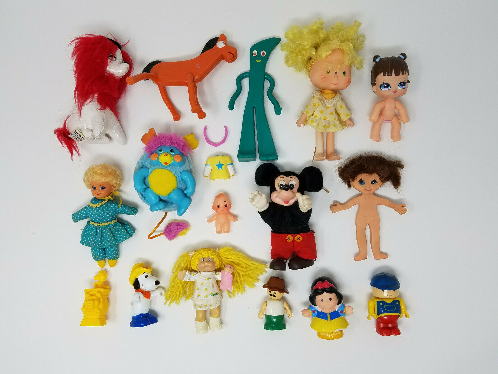 Mixed LOT of Vintage Dolls & Figures Strawberry Shortcake Cabbage Patch Gumby